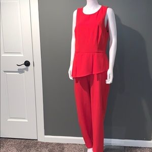 Vince Camuto WOMANS red jumpsuit SZ.12